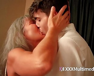 Old step mama bonks juvenile son - leilani lei