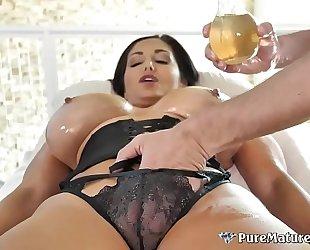 Huge titties cougar milf ava addams oiled up massage fuck
