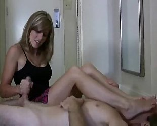 Cory pursue in hawt footsmother tugjob