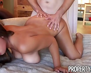 Propertysex - her large natural pointer sisters impress potential client