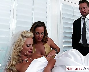 Sexy sweethearts jada stevens and phoenix marie share penis at wedding