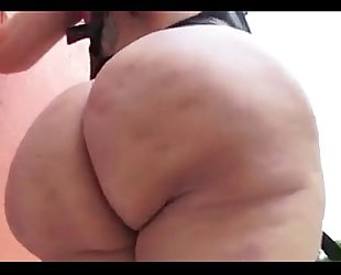 Latina milf leather outfit showing off biggest chunky wazoo 202camgirlz.com