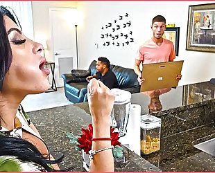 Bangbros - kitty caprice receives her latin large gazoo screwed during the time that her bf is home