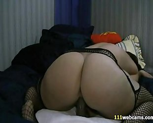 Chubby white women masturbates with sex tool on livecam