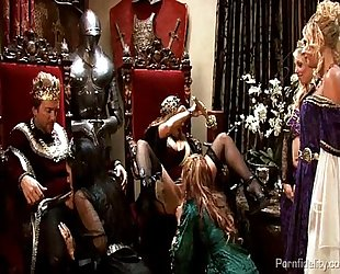 King and queen have a medieval fuckfest with four hawt harlots