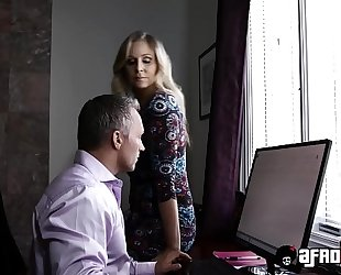 Platinum pornstar julia ann drilled by a monster dark wang