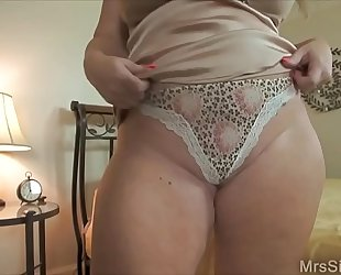 Chubby dirty slut wife clothed up for boytoy