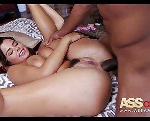 Keisha grey tries anal with plump wang