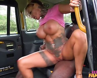 Curvy female taxi driver gets drilled by big black cock