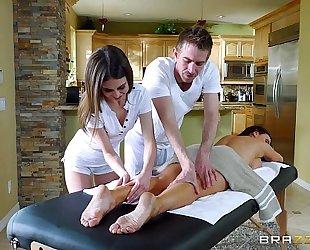 Brazzers.com - hawt trio massage